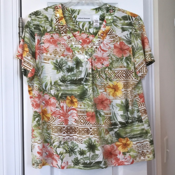 ALfRED DUNNER tropical print embellished top. EUC